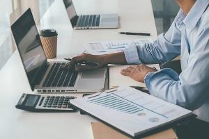 Risikomanagement: Chancen und Risiken überwachen